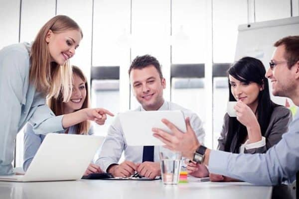 5-popular-employee-training-methods-for-workplace-training-and-how-to-choose-between-them
